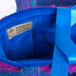 Blue & Pink Striped Handbang Detail